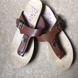 Brown thong sandals from Blowfish